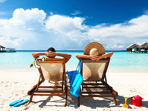 1-couple-vacation-tropical-lgn
